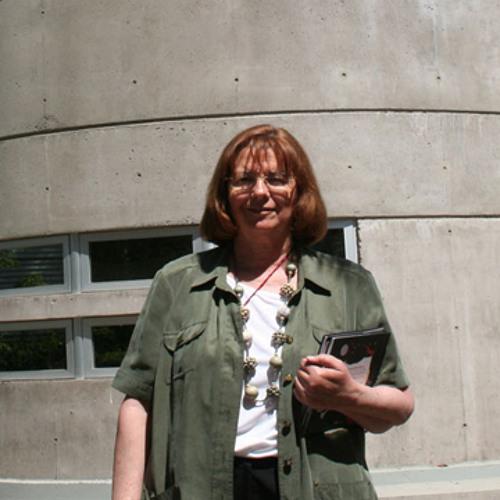 Entrevista a María Teresa Ruiz - Un paseo por el universo