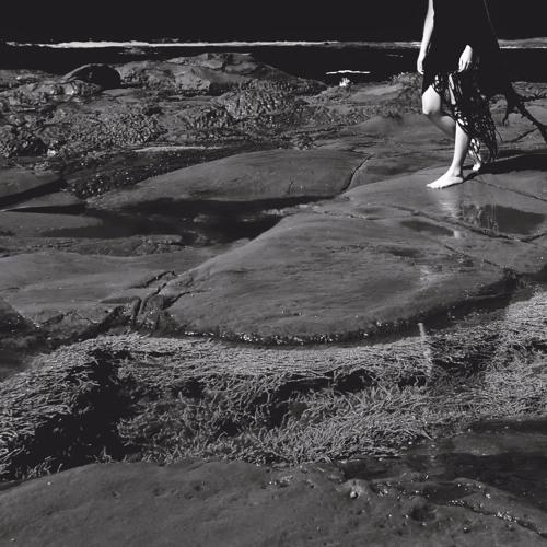 "Premiere: Zanias ""Follow The Body (Kobosil Remix)"""