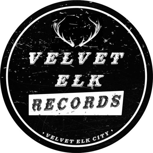 Velvet Elk Podcast - Episode 01 - Host Jesse Malin with The Heartbreaker's Walter Lure