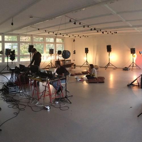 Sprechstunde: Den Ton räumlich erfahren - ultra im Kunstpavillon