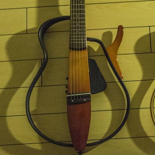yamahaサイレントギターAURA比較01