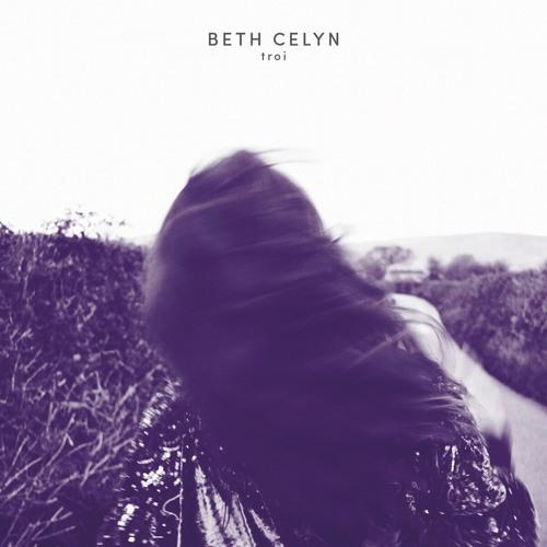 01 Beth Celyn -Ti'n Fy Nhroi I Mlaen