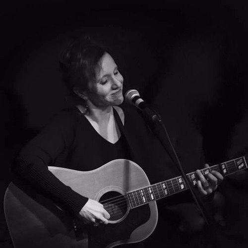 Up Close And Acoustic With Janie Barnett