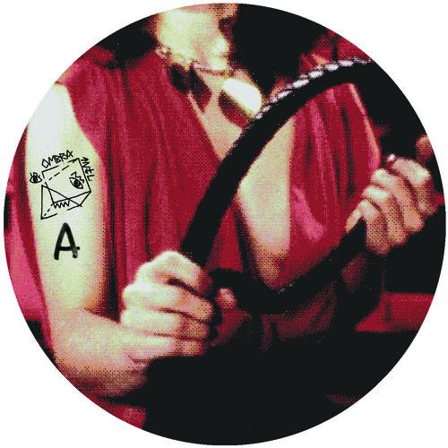 PRÈMIÉRE: Sutja Gutierrez - Great Chain of Being [Ombra International]
