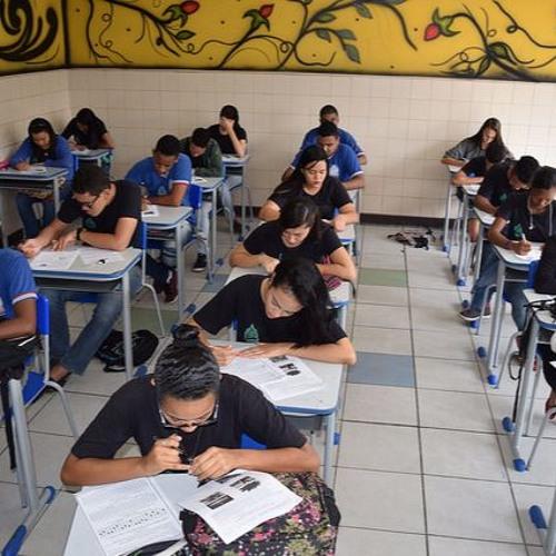 Estudo: Em 13 anos, cresceu 300% o total de alunos que concluíram ensino fundamental