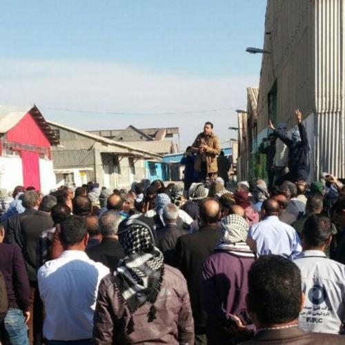 اعتصاب کارگران نیشکر هفت تپه چهار روزه شد