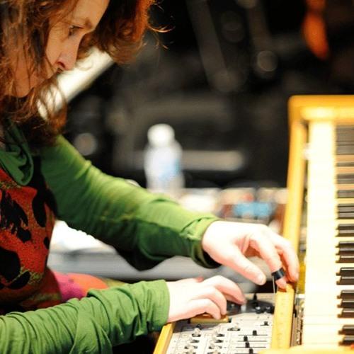 Christine Ott : queen rock des Ondes Martenot