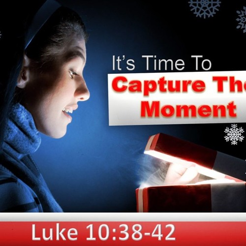 It's Time For Christmas - Don't Miss The Moments