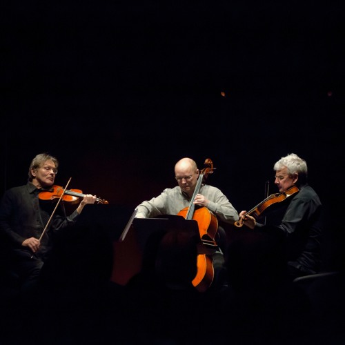 Rolf Wallin: Sway, for string trio (2010)