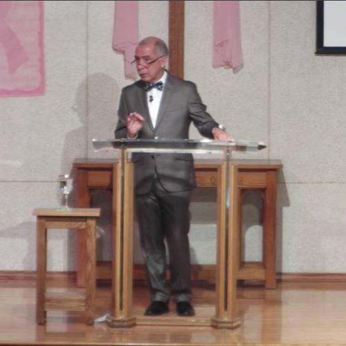 """""""Brilla En El Sitio Donde Estes"""" - Senior Pastor Marc Rivera"""