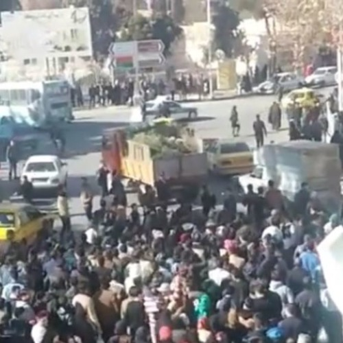 میزگردی با مجید محمدی و مجتبی واحدی در مورد تجمعات اعتراضی