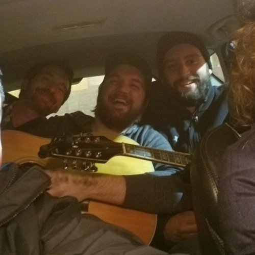 Bluegrass performance from Coyote Riot and cheesy beefs at Pop's