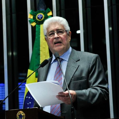 """""""Defender Lula é defender a democracia brasileira"""", diz senador Requião"""