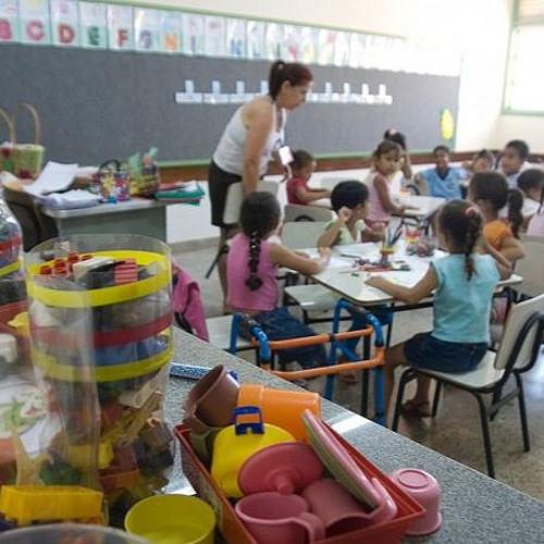 SP: mudança obrigatória de crianças para EMEIS afeta rotina familiar