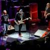 Pearl Jam (Black) & Eric Clapton (Layla) tribute David Bowie,