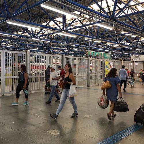 Após greve dos metroviários, Justiça suspende leilão para privatizar metrô em SP