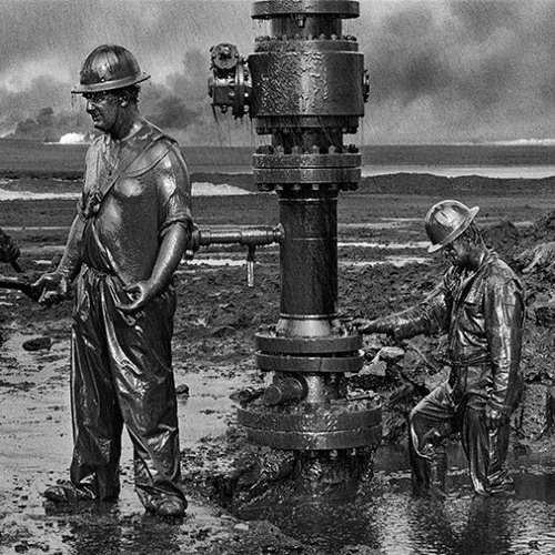Kuwait: A Desert on Fire | Sebastião Salgado & Mike Miller in conversation