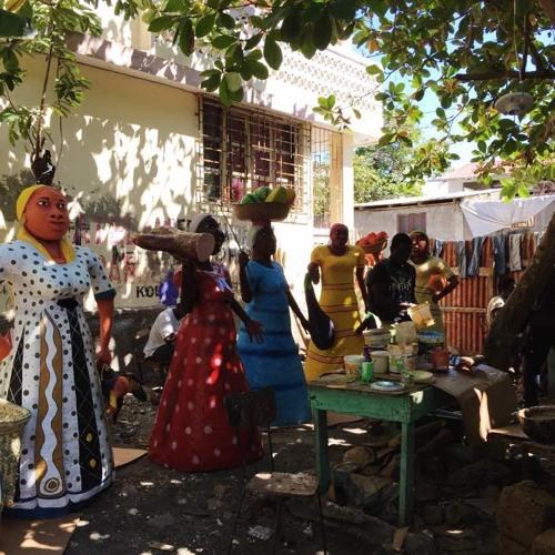 Haïti -Jacmel :Le papier mâché pour la survie quotidienne