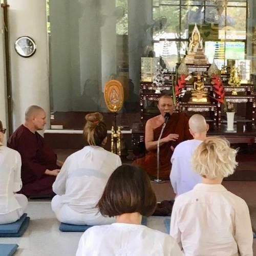Evening Chanting Wat Prayong