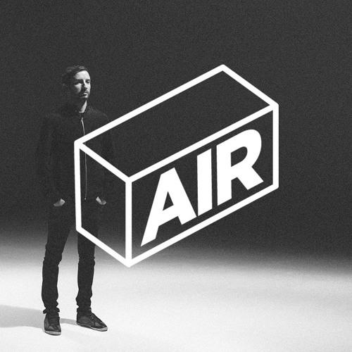 AIR 007 / Max Cooper