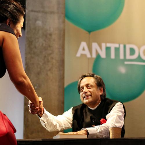 It's a Long Story - Shashi Tharoor