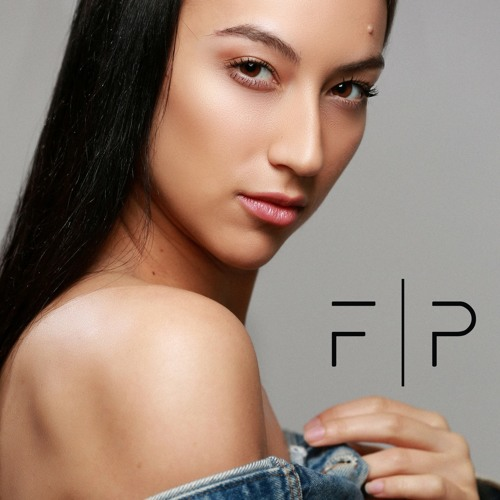 S1   Ep. 20 - I think it's okay to make it up as you go w/ Dancer/Stylist - Nicolette Alberti