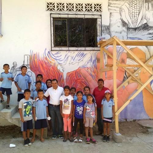 Mural en San Pedro Amuzgos contra la violencia hacia las mujeres.