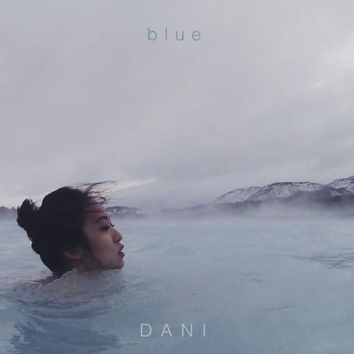 DANI - blue