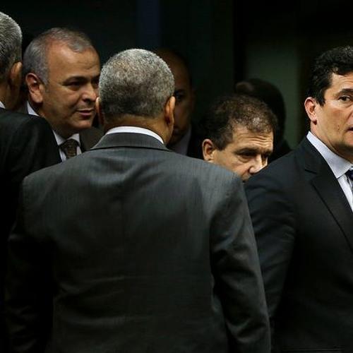 Auxílio-moradia custa R$ 5 bilhões e juízes farão greve para manter privilégio