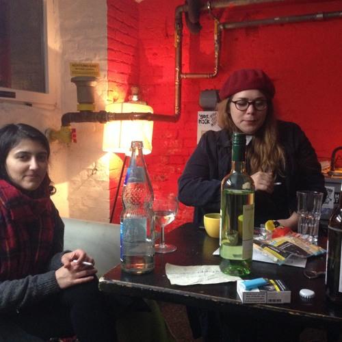 Mit Stefanie Sargnagel und Puneh Ansari backstage im Schokoladen Berlin