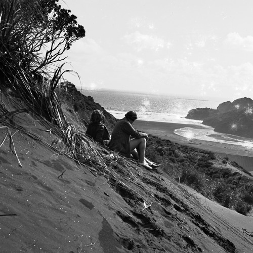 Mary Woodward - Te Henga picnics and the cottage
