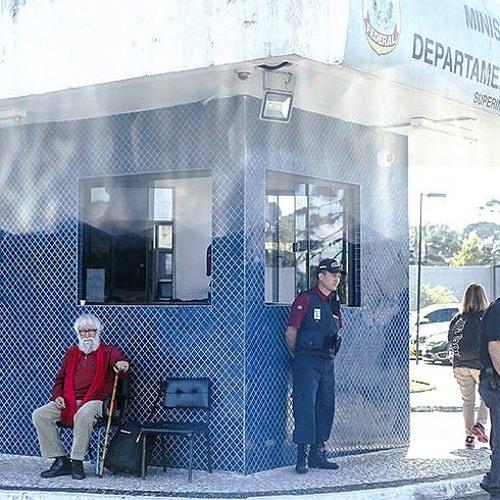 Leonardo Boff e Esquivel falam à Rádio Brasil Atual, sobre impedimento da visita a Lula