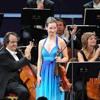 Hilary Hahn performs Mendelssohn Violin Concerto in E minor - 1st Movement