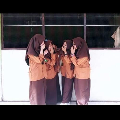 Lagu PERPISAHAN sekolah Paling SEDIH    Masa SMA - Angel 9 Band   Video Klip Terbaru.m4a