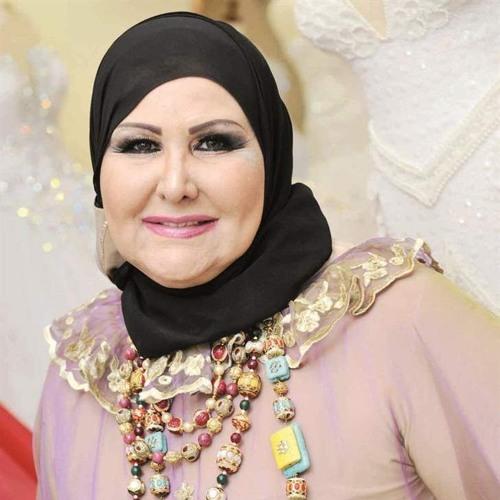 مصممة الأزياء الكويتية عواطف الحاي في كافيه شو