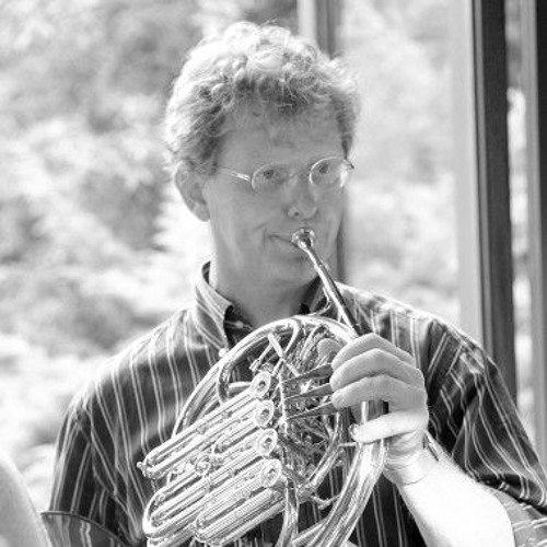 04 Air poetique for horn and band van Ted Huggens Solist