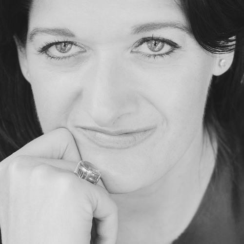 Ep. 108 Monty Waldin interviews Rebecca Hopkins (Colangelo & Partners)