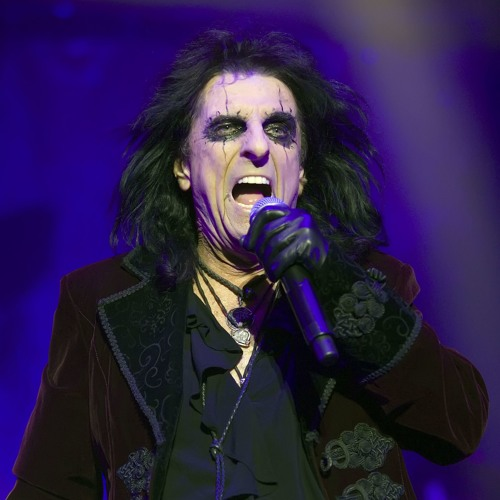 Andy Hall interviews Alice Cooper