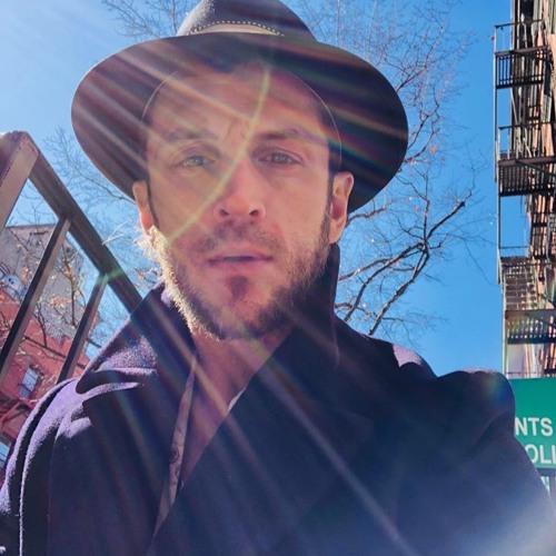 Bridging the Spiritual & the City, Relationship Gold & Online Yoga with Erick Joseph