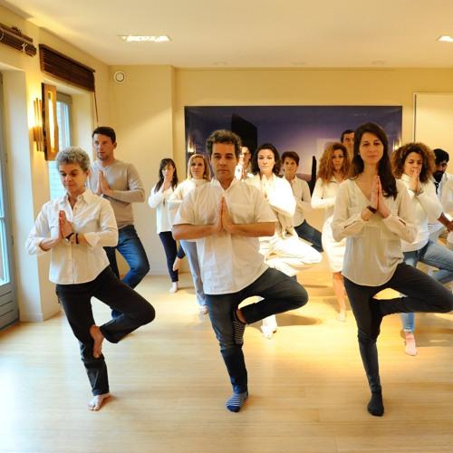Naissance en pleine conscience - Yoga (1h) avec la voix d'Anne Gendre