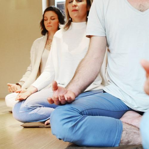 Naissance en pleine conscience - Méditation assise (30 minutes) avec la voix de Anne Gendre