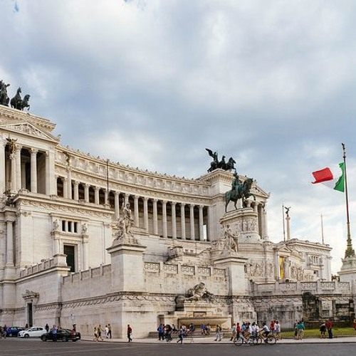 Is Italy facing a new political crisis?