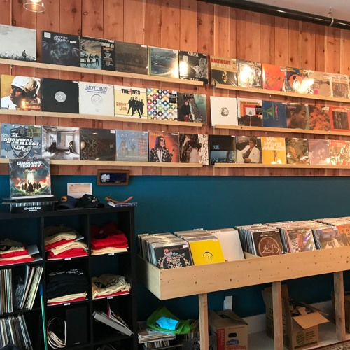Ep# 85--(Vallejo, California )Turning Around and Scoring in the Vinyl Records and Pinball Business