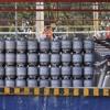 Filas para conseguir botijão de gás ainda ocorrem em Pernambuco