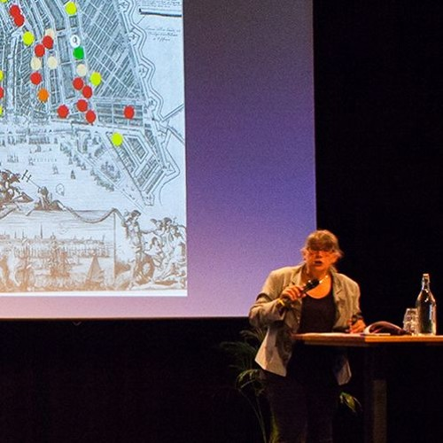 Jo Spaans - HOW DID THE RELIGIOUS HISTORY OF AMSTERDAM SHAPE THE CITY