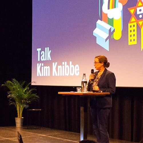 Kim Knibbe - FROM SECULARIZING TO CHRISTIANIZING THE CITY OF AMSTERDAM