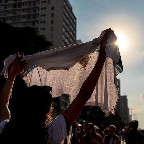 """""""Calaram meu filho, mas não sua mãe"""", afirma Bruna Silva, mãe de garoto assassinado"""