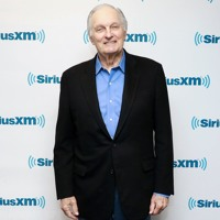 """Alan Alda: """"I Never Liked It, When """"M*A*S*H"""" Was Called A Sitcom!"""""""
