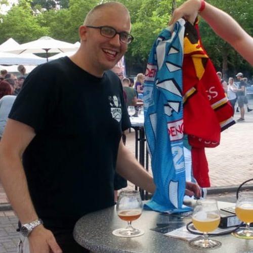 SHN| Lieblingstrikots - Bier, Iserlohn und Rot-Gelb: Theo Grombergs Top 3