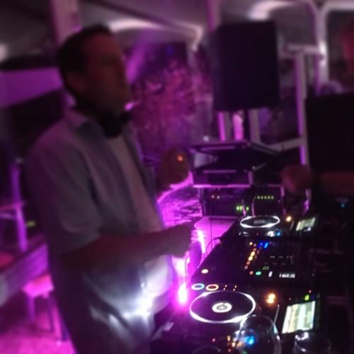 In the Zone with Henri Kohn presents Nina´s & Olli´s Wedding Mix (Rekohnstruction)